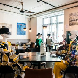 Vilnius Restaurants Turn into Fashion Displays