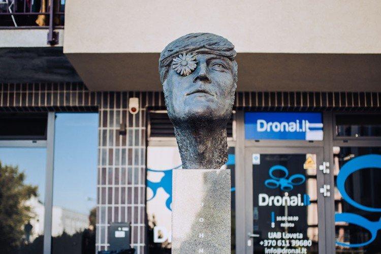 Monument to John Lennon
