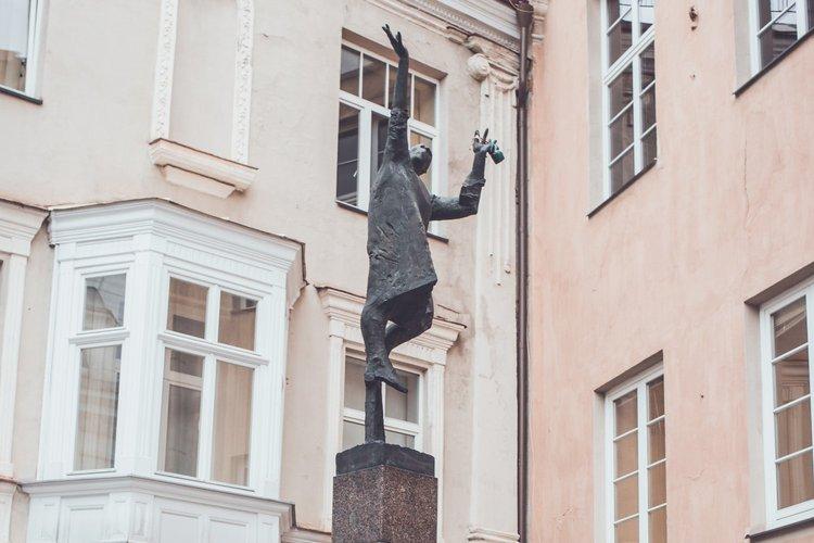 """""""Žibintininko"""" skulptūra"""