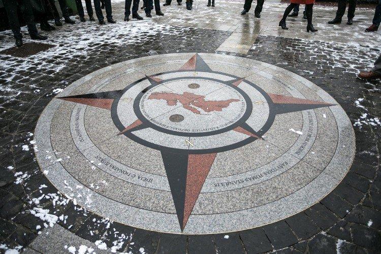 Vilnius Compass
