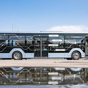 Autobusem