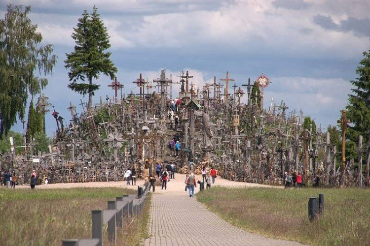 Tour to the Hill of Crosses