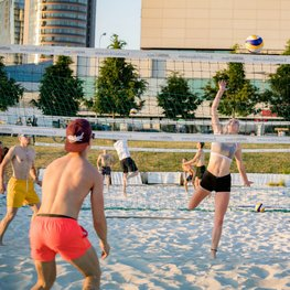 Get Your Team on a Volleyball Court
