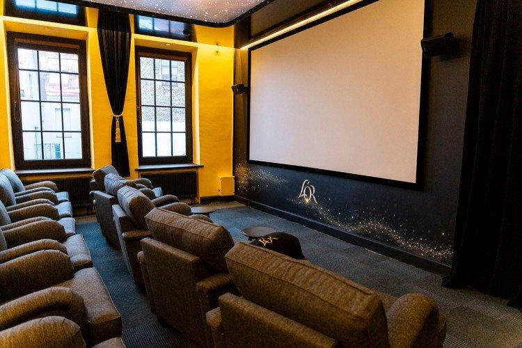Cinema Theatre PASAKA