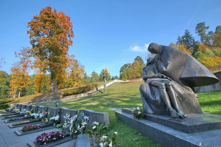 Антакальнисское кладбище