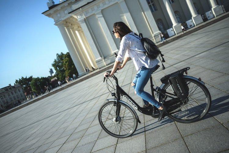 """FeelZCity"" dviračių turas"