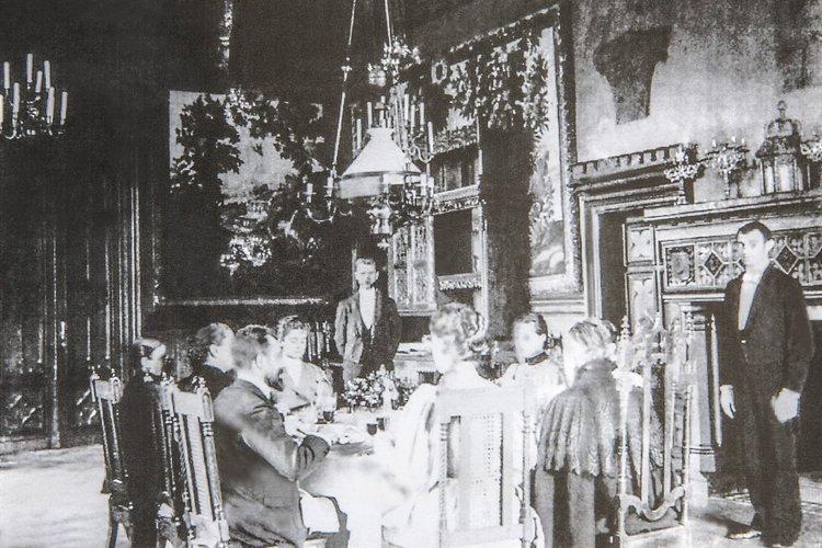 Zespół pałacowy w Wace Trockiej