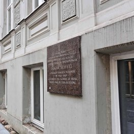 Jascha Heifetz House