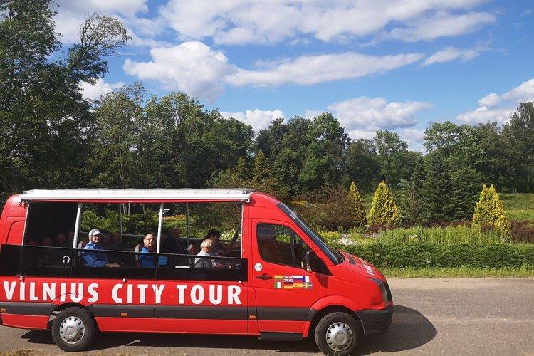 """Ekskursija autobusu """"VU botanikos sodas Kairėnuose"""""""