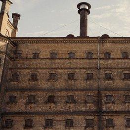 """""""8 Days A Week"""" kuria naują Lukiškių kalėjimo versiją ir prasmę"""
