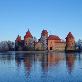 A Day in the Winter Wonderland of Trakai